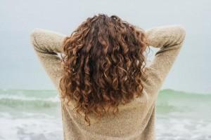 如何护理受损发?